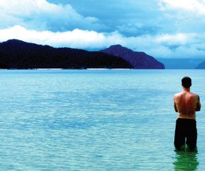 Travel Writer Robin Esrock at Bacuit Bay, Philippines